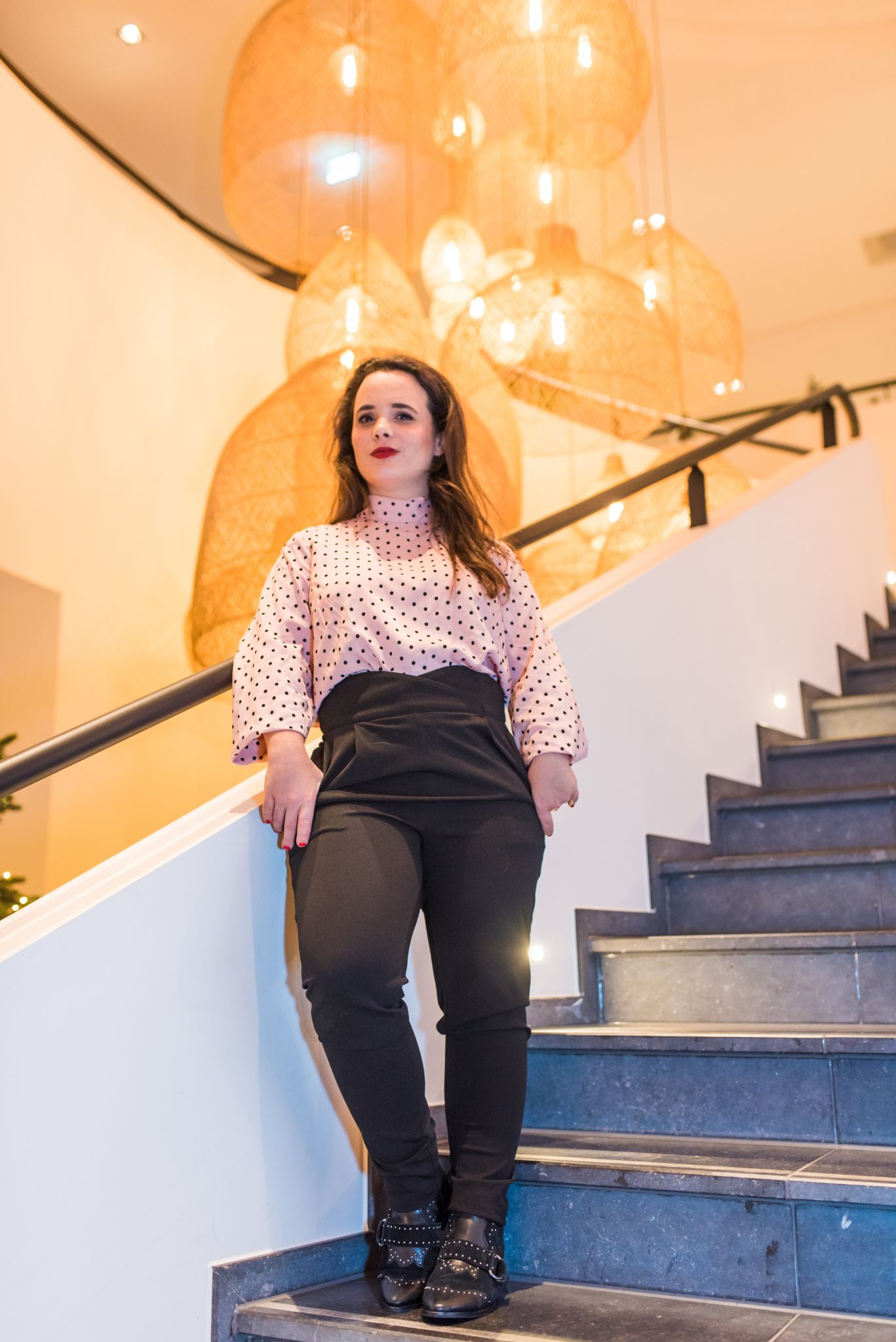 Simone Levie Waarom Webinars de verkoop van jouw online programma flink kunnen laten stijgen blog portrait